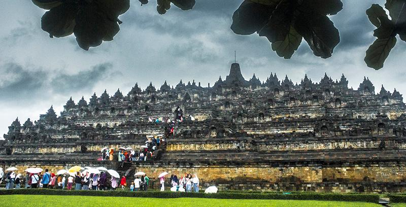 the ultimate guide to visiting borobudur largest buddhist monument